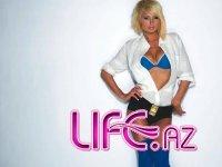 Paris Hilton на страничках журнала [9 сканов]