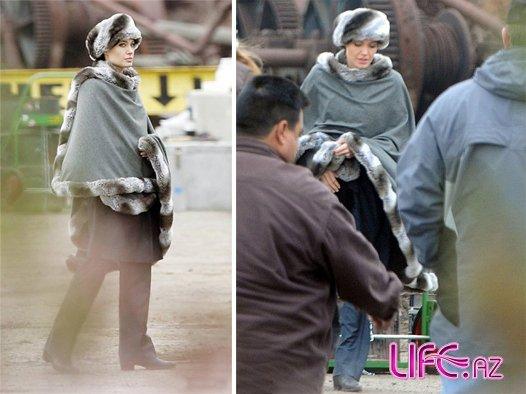 Анджелина Джоли - шпионка в мехах