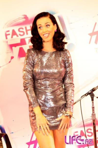 Кэти Перри на мероприятии H&M