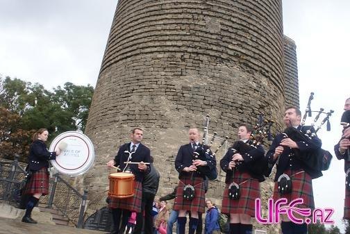 Шотландцы отметили в Ичери шэхэр свой национальный праздник [11 фото]