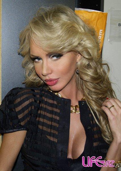 Известная российская манекенщица и телеведущая Маша Малиновская приедет в Баку