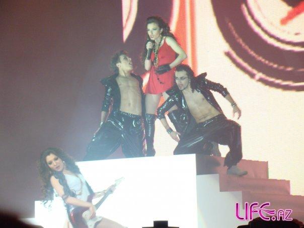 Откровенные наряды кандидаток на «Евровидение-2010» от Азербайджана [12 фото]
