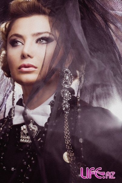 Певица Рухи (Ruhi) в красивом фотосете [15 фото]