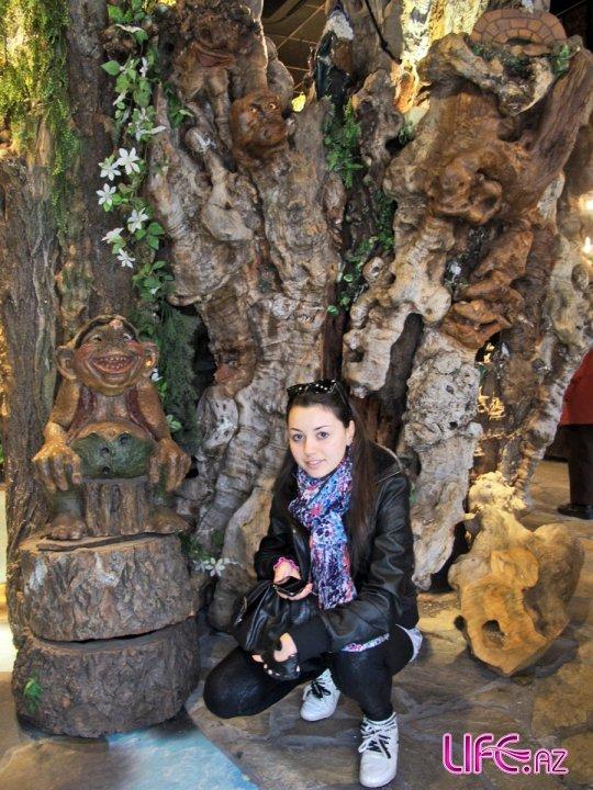 Сафура в рамках промо-тура посетила Мюнхен, Амстердам, Гамбурге и находится ...