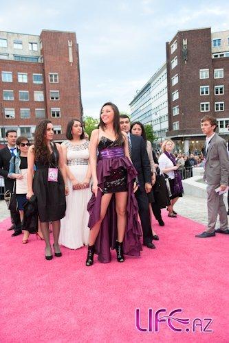 Сафура приняла участие на открытии «Евровидение 2010» и посетила разные мер ...