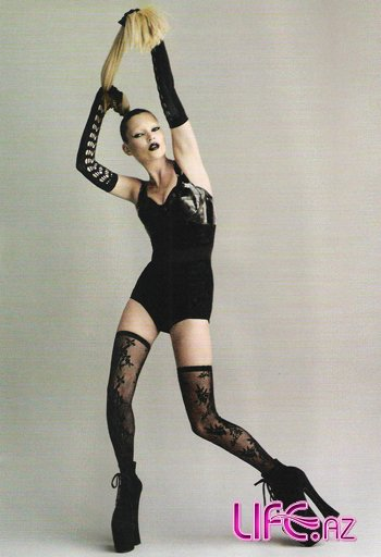 Леди Гага, Кейт Мосс и Наоми Кэмпбелл в юбилейном i-D