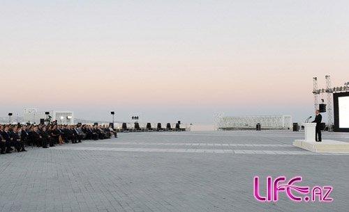 Церемония открытия площади Государственного флага [12 фото]