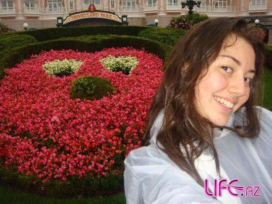 Сафура посетила Париж [20 фото]