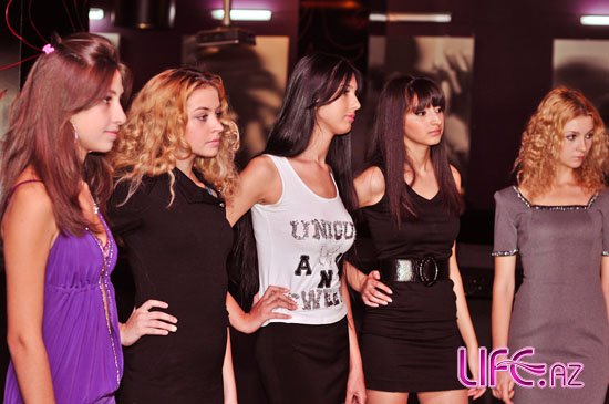 [b]«Best model of Azerbaijan-2010» - Пресс-конференция и кастинг [30 фото][/b]