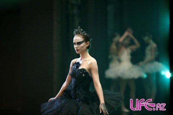 В Баку состоялся закрытый показ нового фильма «Черный лебедь» для СМИ