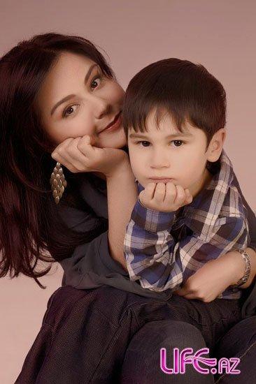 Звезды азербайджанского шоу-бизнеса в социальном проекте «Мама, я люблю теб ...