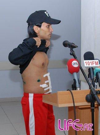 Зачитан приговор лицам, обвиняемым в нанесении ножевых ранений артисту Фаиг ...