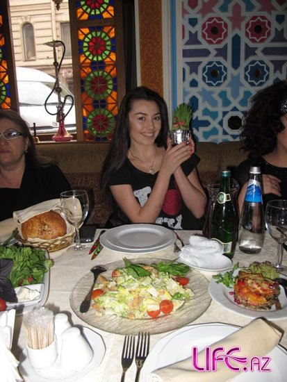 Сафура приняла участие на концерте в Санкт-Петербурге [Фото]
