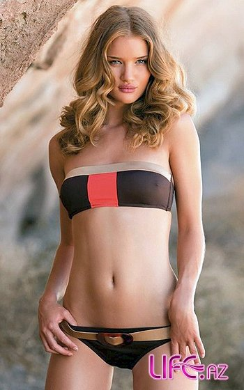 Рози Хантингтон-Уайтли: «возвращение» к бикини [Фото]