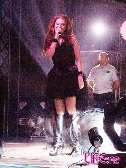 Певица Натаван Хабиби дала концерт в Набрани [Фото]