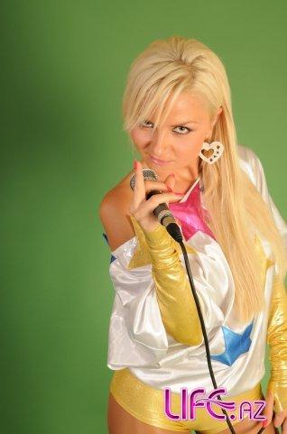 Сексапильная украинская певица снялась в азербайджанском сериале [Фото]