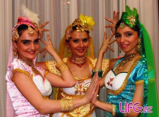 Оксана Расулова отметила индийский праздник Дивали [Фото]
