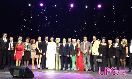 Популярные лица Азербайджана и Турции награждены в Баку