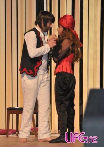 В Баку состоялась премьера первого азербайджанского мюзикла «Лейли и Меджну ...