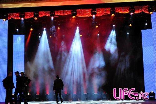 Победители песенного конкурса Евровидение – Руслана, Александр Рыбак и Лена Майер прибыли в Баку