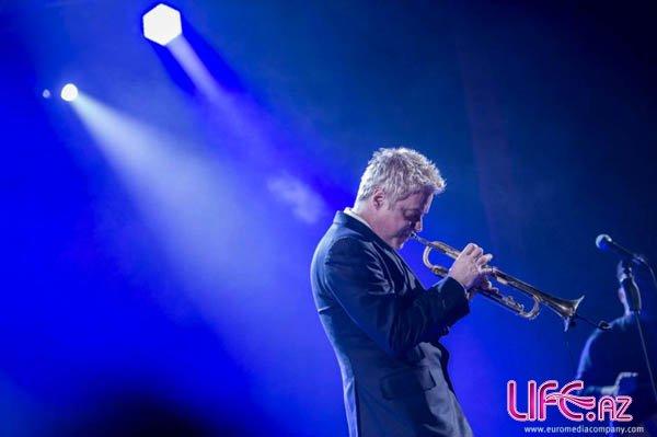 Сабина Бабаева приняла участие в концерте легендарного американского музыканта [Фото][Видео]