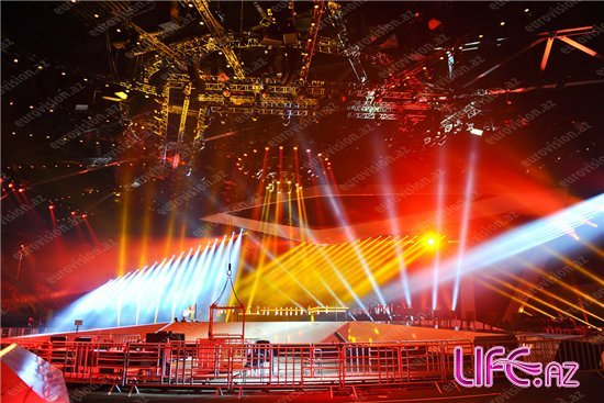 Презентованы сцена шоу «Eurovision-2012» и «Green room» [Фото]