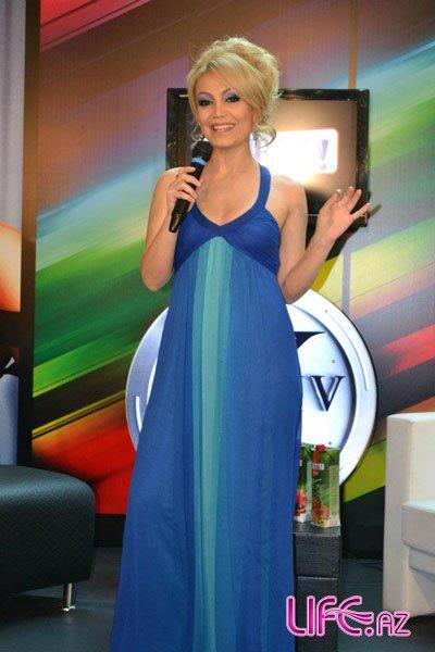 Нура Сури презентовала новую песню
