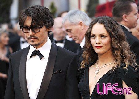 Развод Джонни Деппа и Эмбер Херд: бывшие жены на защите