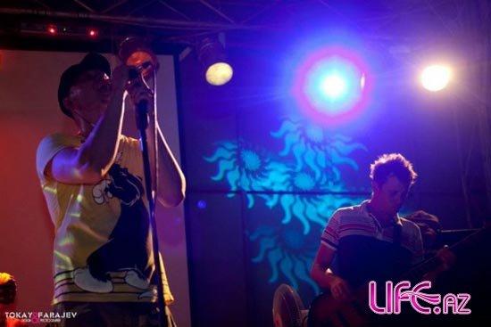 Группа «Бумбокс» выступила на побережье Каспия