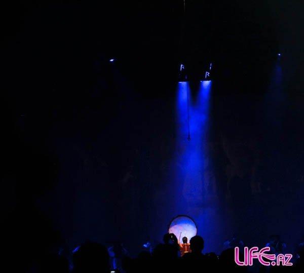 Рианна выложила на своей странице фотографии с концерта в Баку [Фото]