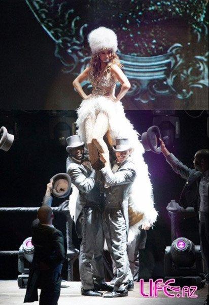 Дженнифер Лопес продолжает свое мировое турне: Москва и Стамбул увидели Dance Again World Tour [Фото]