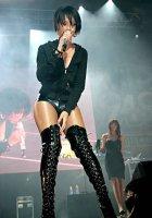 Rihanna - Риана / Фотки с выступлений.